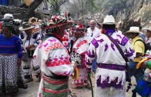 Pueblo WIXARICA lleva a cabo ritual ceremonial por el inicio de la construcción de la presa la maroma