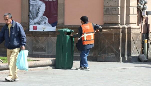Papeleras fortalecen el acopio de basura ocasional en centro histórico