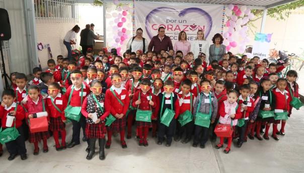 La presidenta de DIF Estatal, inauguró dos comedores comunitarios en villa de reyes