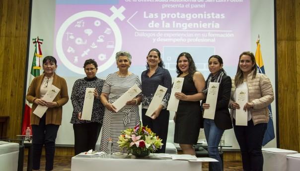 """UASLP Presentó panel """"Las protagonistas de la ingeniería"""""""