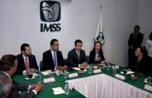 Titular del IMSS llama a coordinar esfuerzos para un cierre de administración transparente