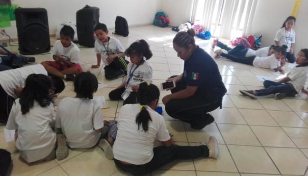 Elementos de Seguridad Pública de Soledad participan activamente en los campamentos de verano con niños y niñas que se realizan en el municipio