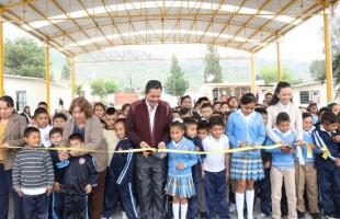 Ricardo gallardo inaugura techado en la primaria miguel hidalgo de escalerillas