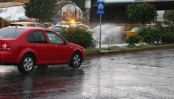 Prevalecerán las lluvias en la capital potosina: PC